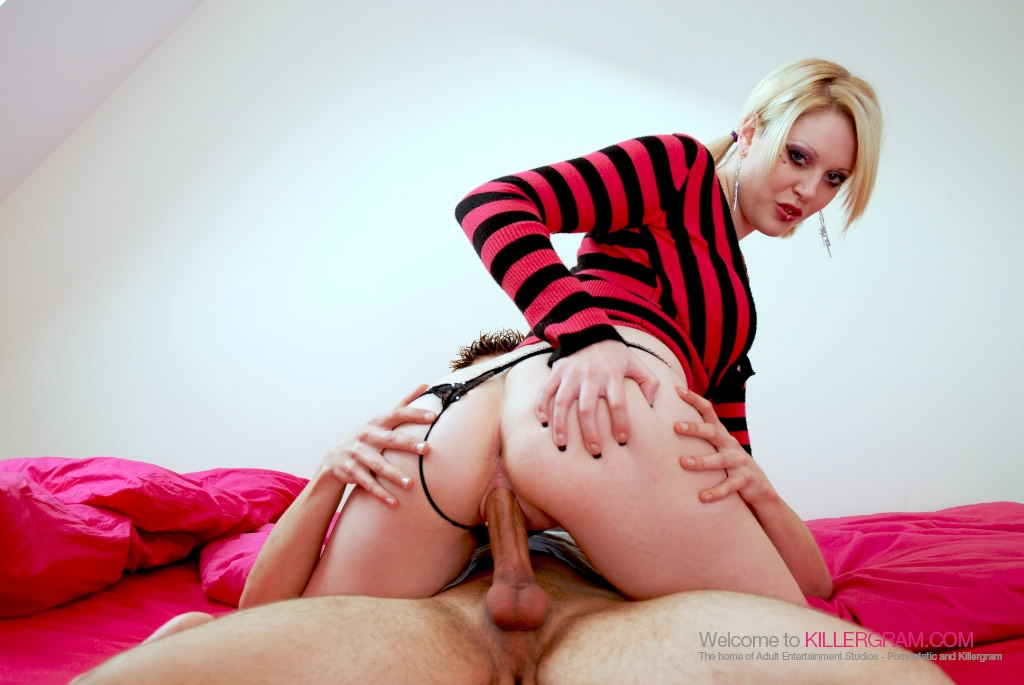 Student Pornstar Shay Hendrix Skips Lectures To Fuck